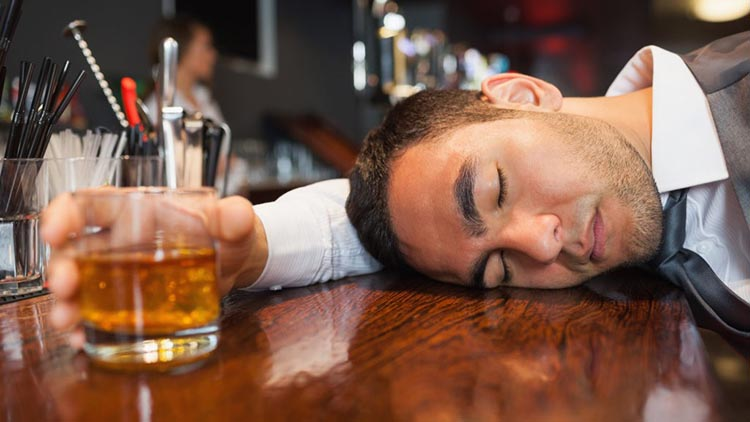 Alcohol and Testosterone: Alcohol interfere with sleep